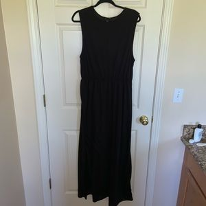 CLOSETCLOSINGSALE H&M BLACK MAXI DRESS